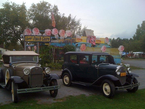 "Taylor and Anthony ""Old Cars"" at Niagara Falls"