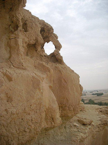 Exploring Around the Ancient City of Haneed (23)